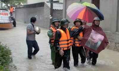 Nghệ An: Hoàn lưu bão làm 3 người chết, 2 người mất tích