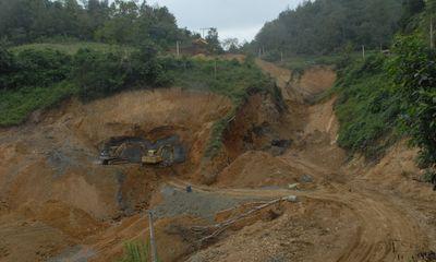 Doanh nghiệp khai thác quặng đồng bị phát hiện