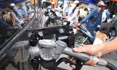 Giá xăng, dầu thế giới đồng loạt tăng mạnh trở lại