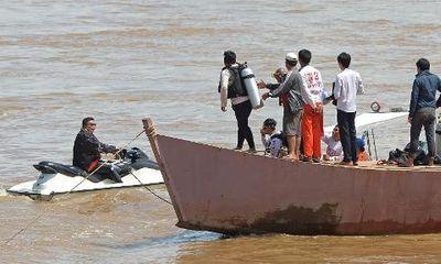 Rơi máy bay ở Lào: Đã tìm được 40 thi thể nạn nhân