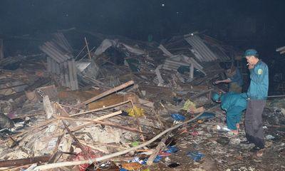 Cháy lớn thiêu rụi hơn 100 kiốt chợ Hải Hà