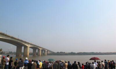Lục tung 2 bờ sông Hồng tìm nạn nhân của thẩm mỹ viện Cát Tường