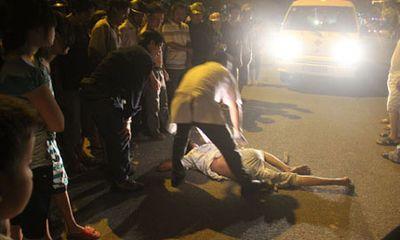 Tài xế taxi Mai Linh phê ma túy, đánh hội đồng khách đi xe