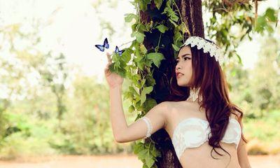 Bị mắng vì chụp hình bán nude Phan Kim Liên Việt Nam quyết ngoan hiền?