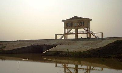 Hà Tĩnh: Một cán bộ tử vong khi đang làm nhiệm vụ phòng chống bão