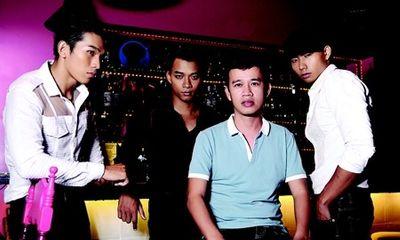 Ông bầu Phúc Nguyễn: Chính người mẫu mới