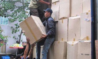 Hàng tấn gỗ lậu quý hiếm bị CSGT bắt giữ
