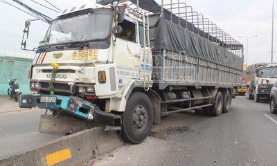 Xe tải mất phanh gây tai nạn liên hoàn, 1 người nhập viện