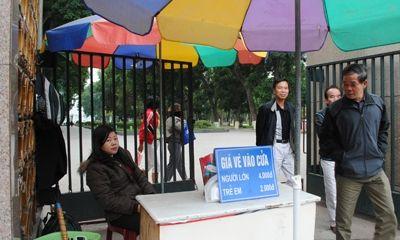 Hà Nội đề nghị không thu tiền vào công viên lớn