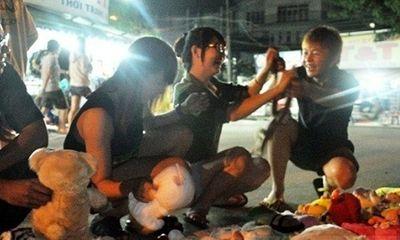 Cuộc sống sinh viên sôi động tại khu chợ đêm Sài Gòn