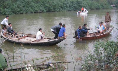 Tìm thấy thi thể nữ sinh ĐH Luật gieo mình xuống sông tự tử