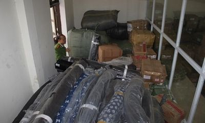 Hà Tĩnh: Bắt giữ xe container vận chuyển hàng lậu xuất xứ Trung Quốc