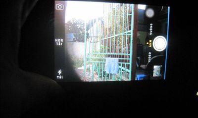 Hành trình quay clip tố bảo mẫu hành hạ trẻ của người thợ hồ