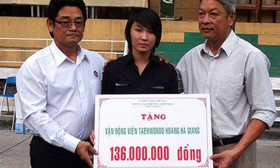 Võ sỹ Taekwondo được tặng 136 triệu đồng để chữa bệnh
