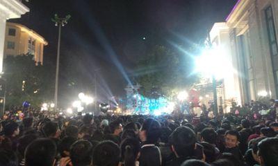 Clip: Đếm ngược đón năm mới 2014 tại Hà Nội