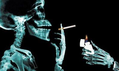 Clip: Rùng mình xem thuốc lá phá huỷ cơ thể người