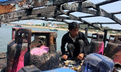 Ngư dân Việt Nam liên tục bị tàu cá Trung Quốc xua ép