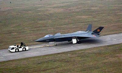 Thế giới chê bai máy bay chiến đấu J-20 Trung Quốc