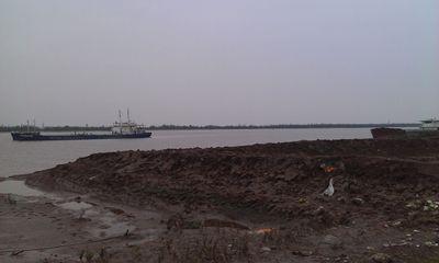 Vụ tàu chìm tại Nam Định: Tiếp tục tìm kiếm bằng trực thăng