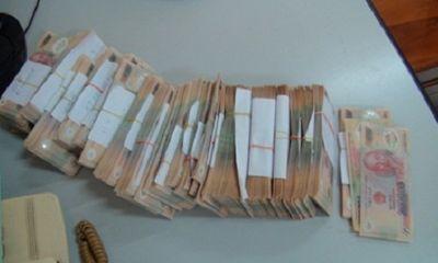 Bắt giữ cặp nam nữ tàng trữ, tiêu thụ 235 triệu đồng tiền giả