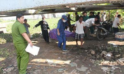Phát hiện thi thể đang phân hủy dưới chân cầu Bình Lợi