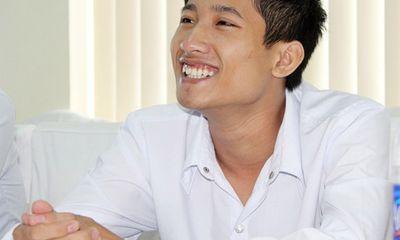 Thủ khoa nghèo ĐH Y Hà Nội lọt top 20 gương mặt trẻ tiêu biểu