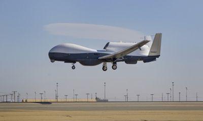 Tự vệ Crimea bắn hạ UAV do thám Mỹ