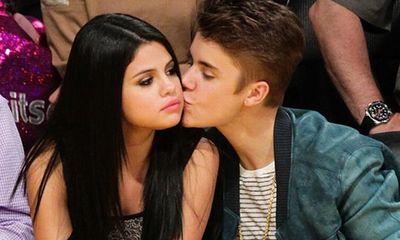 Rộ tin đồn Selena Gomez mang song thai với Justin Bieber