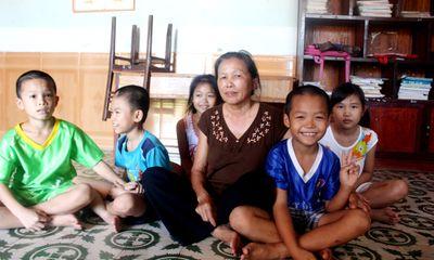 Người mẹ nuôi gần 30 đứa trẻ và tâm nguyện hiến xác cho y học