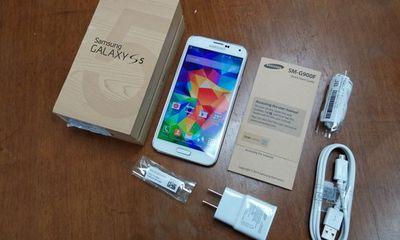 Galaxy S5 đang loạn giá tại Việt Nam