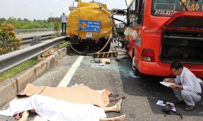 Tai nạn thảm khốc trên đường cao tốc: Đã có 7 người tử vong