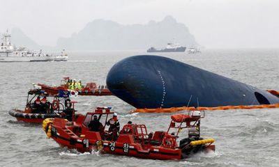Diễn biến vụ chìm tàu Hàn Quốc qua ảnh