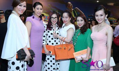 Đại gia mê thời trang hội ngộ ở show Đỗ Mạnh Cường