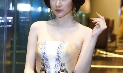 Angela Phương Trinh quyền quý với tóc Nhật, đầm Hai Bà Trưng