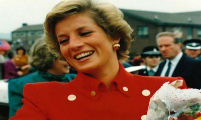 """Những bức ảnh """"độc"""" về gia đình hoàng gia Anh"""