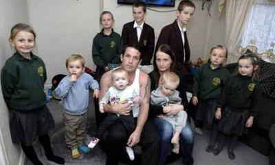 """Bà mẹ 9 đứa con: """"Tôi không bao giờ dùng bao cao su khi quan hệ"""""""