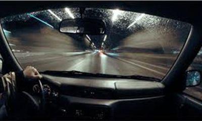 """Mô hình lái xe ô tô chế tác thủ công """"thực"""" nhất thế giới"""