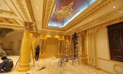 Choáng ngợp lâu đài dát vàng của đại gia Ninh Bình
