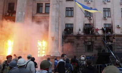 """""""Thùng thuốc súng"""" đông nam Ukraina phát nổ dữ dội"""