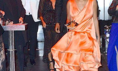 Clip: Em gái Beyonce hung hăng đánh anh rể trong thang máy