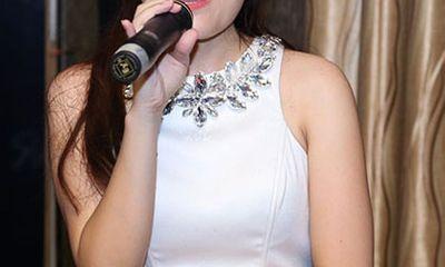 Nhật Thủy bất ngờ với tin đồn mua tin nhắn bình chọn Vietnam Idol