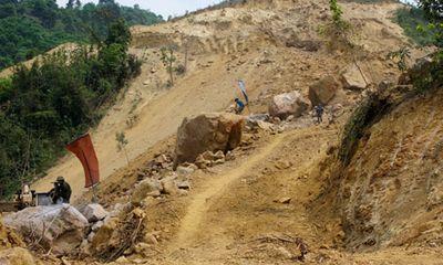 Viện cớ làm từ thiện để khai thác khoáng sản không phép