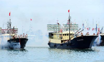 Trung Quốc ngang ngược cấm đánh bắt cá trên biển Đông