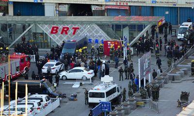 Trung Quốc: Nổ lớn rung chuyển khu tự trị Tân Cương