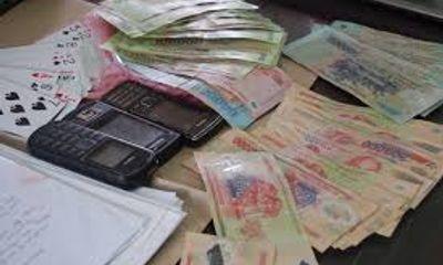 Hải Phòng: Đình chỉ Phó chủ tịch phường đánh bạc tại nhà mẹ đẻ