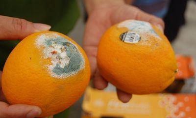 Hoa quả thối tại kho hàng chuyên cung cấp cho Big C