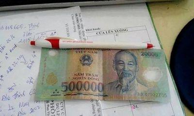Ghép tiền rách 500 ngàn và 20 ngàn lừa đảo