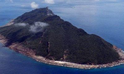 Hai tàu Trung Quốc xâm nhập Senkaku