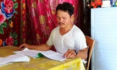 Thí sinh 53 tuổi quyết tâm đi thi để lấy bằng tốt nghiệp