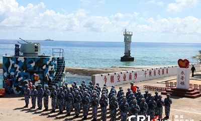 """Dã tâm """"đắp đảo nổi khổng lồ"""" của Trung Quốc ở Trường Sa"""
